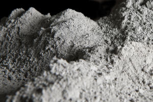 На протяжении последних трех лет в России наблюдается спад производства цемента